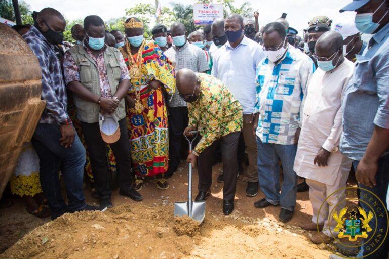 President Akufo-Addo cuts sod for $116m Enchi-Elubo road 5
