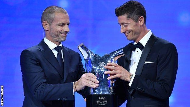 Just In: Robert Lewandowski Named UEFA Men's Player For 2019/2020 Season. 1