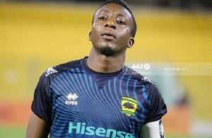Felix Annan dejected after suffering fresh injury 51
