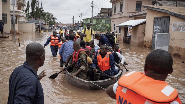 Ghanaians call Dansoman floods 1 Village 1 Dam - [watch video]. 46