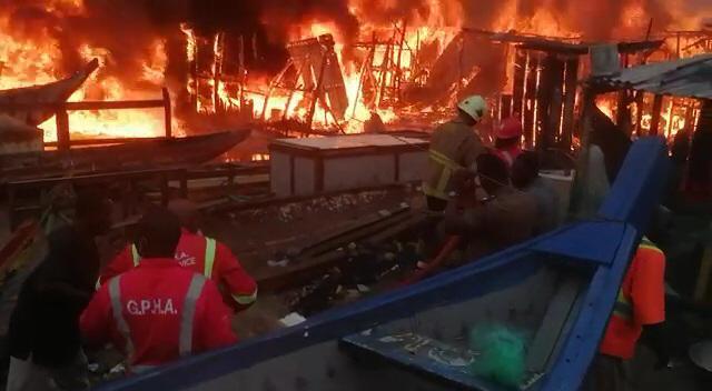 Video: Sekondi fishing bay ravaged by fire 1