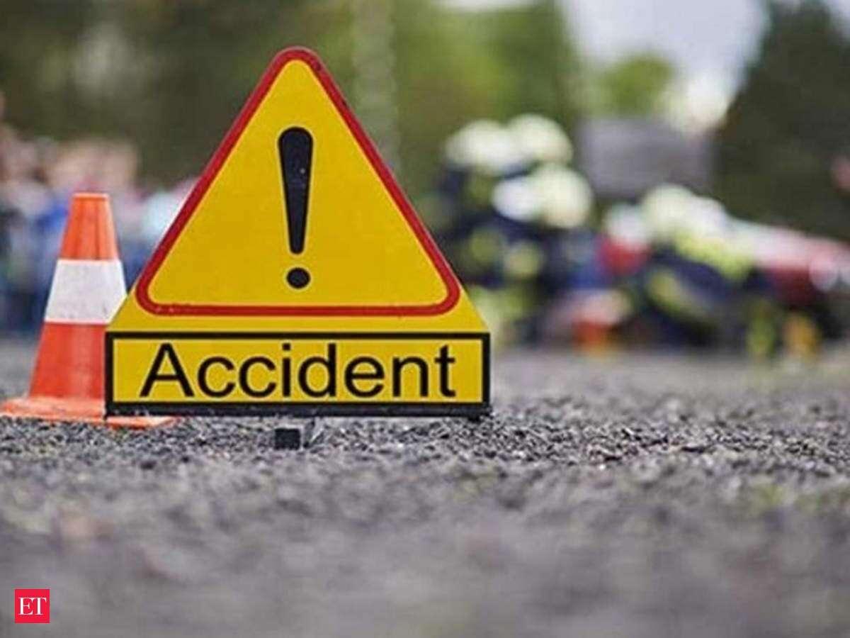 Sad! 5 killed in head-on collision on Obuasi-Dunkwa road. 46