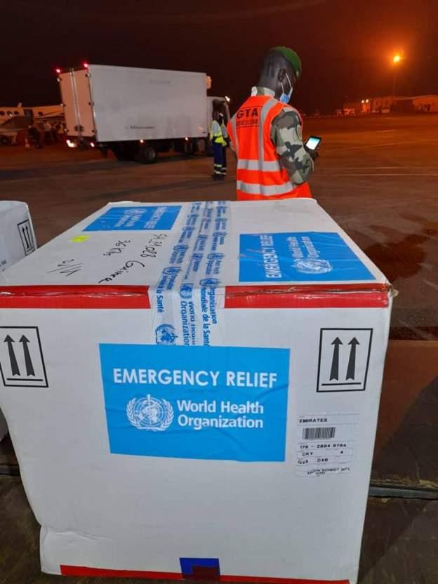 Ebola vaccines arrive in Guinea 5