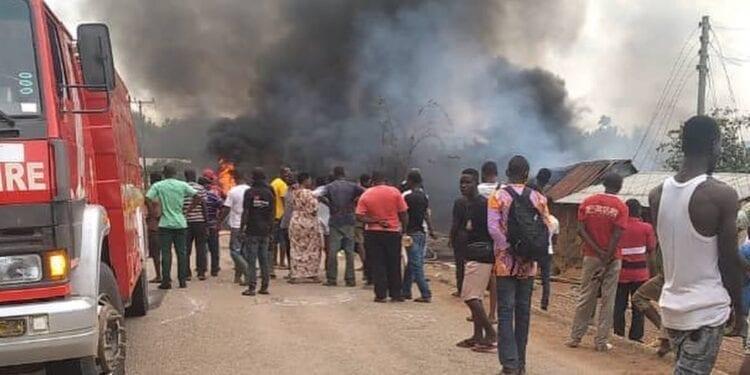 Fire guts warehouse at Madina - (Video). 46