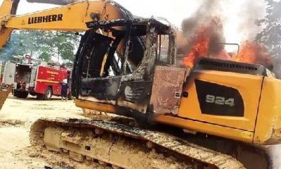 Galamsey man weeps like a baby seeing his excavator in flames - (Video). 65