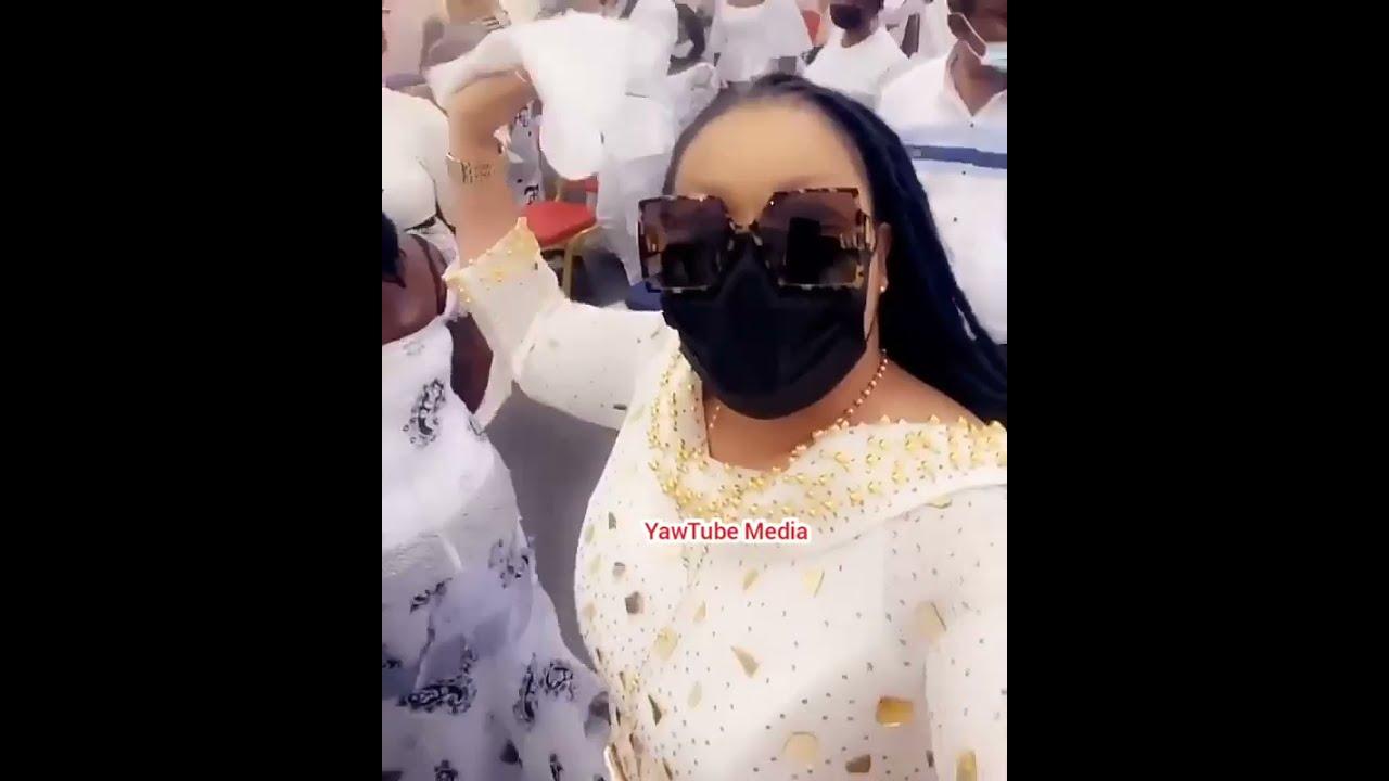 Video Of Nana Agradaa's First Church Service Attendance After Repentance. 1