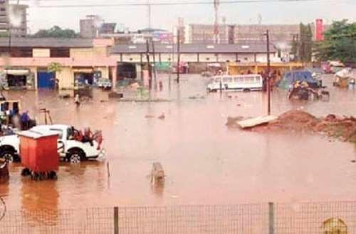 Kumasi floods destroy wares at Kejetia market - (Video). 46