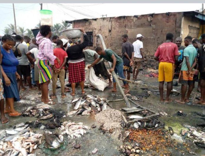 Fire destroys part of Elmina fish market, two injured - (Photos). 50