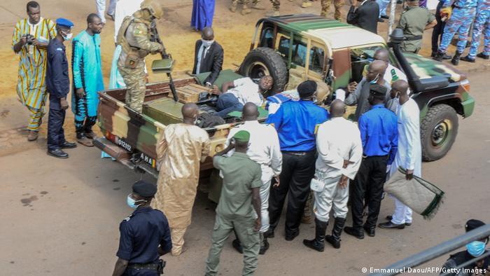 Man accused of trying to kill Mali's interim President dies in custody. 46