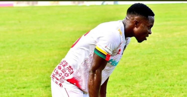 Augustine Okrah leaves Asante Kotoko. 46