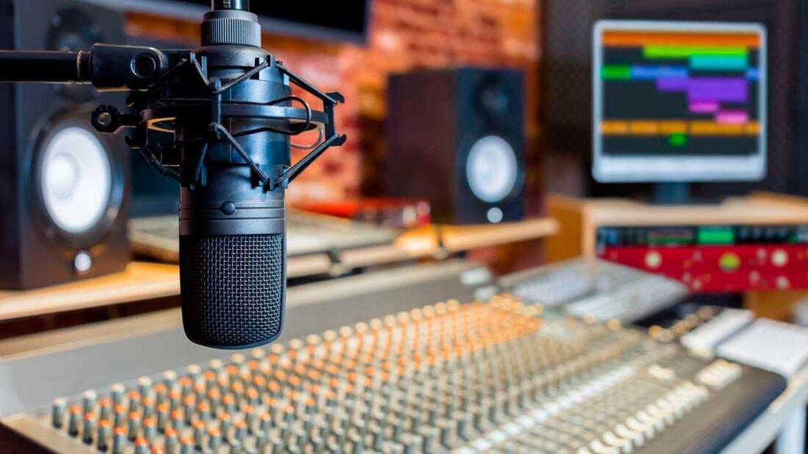 'Politicised' Oman FM and Power FM, worst violators of media ethics - Report. 46
