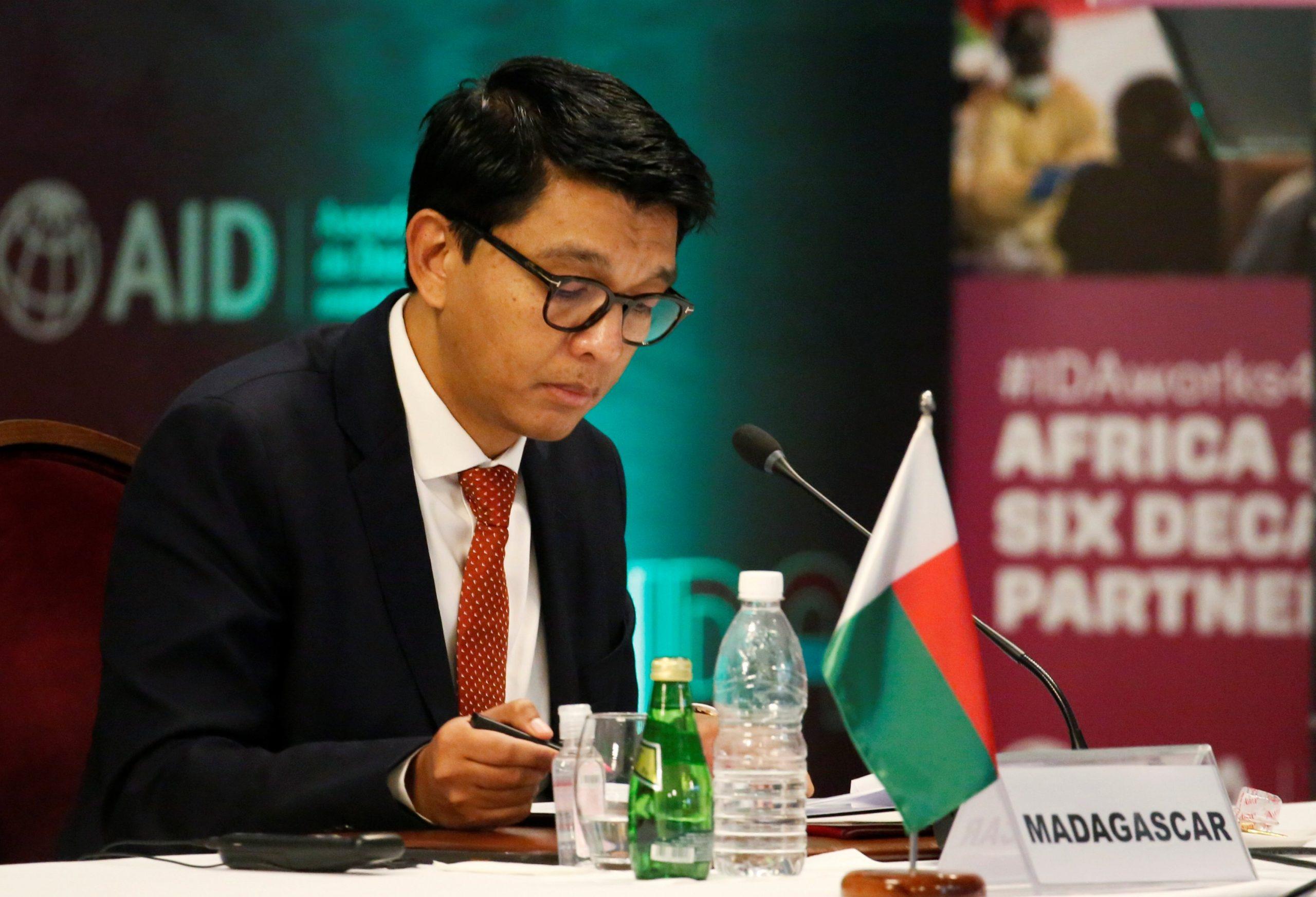 Madagascar president sacks all ministers. 46