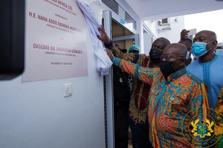 1D1F: Akufo-Addo commissions $16m tomato processing factory in Domfete. 50