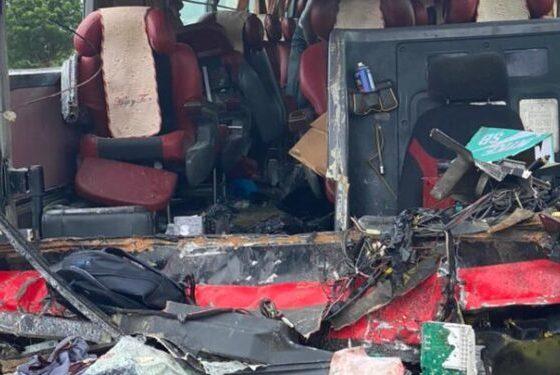 10 dead, 15 injured in another fatal accident on Kasoa-Winneba road. 47